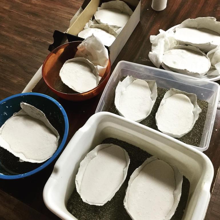 10 plaster masks