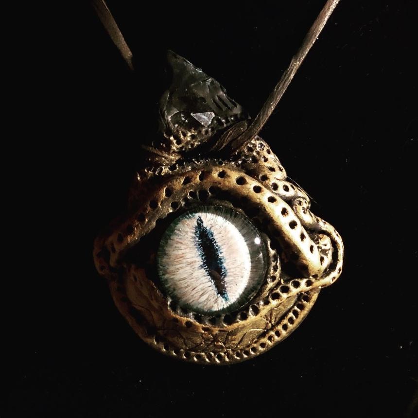 dragon eye glass pendant